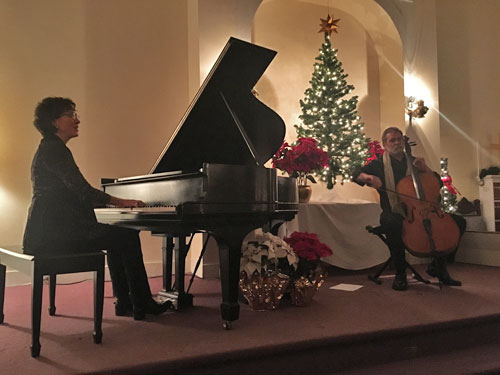 Pianist Dana Cunningham and cellist Max Dyer